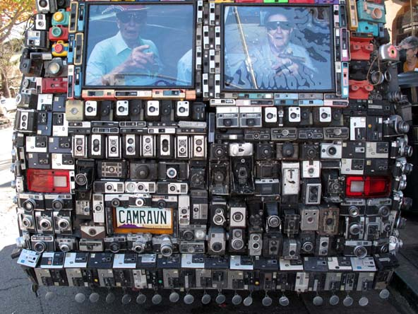 Typepad-1feb09-cameravanBack