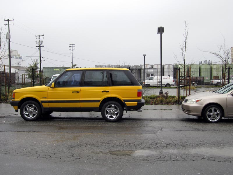 YELLOWrangerover