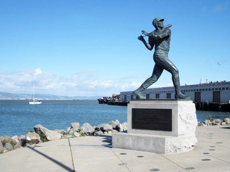 WilleMcCovey statue