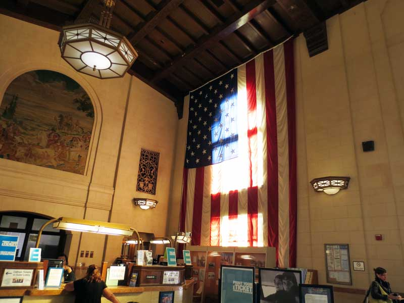 Giant U.S. Flag at Didiron Station San Jose - photo by Max Clarke