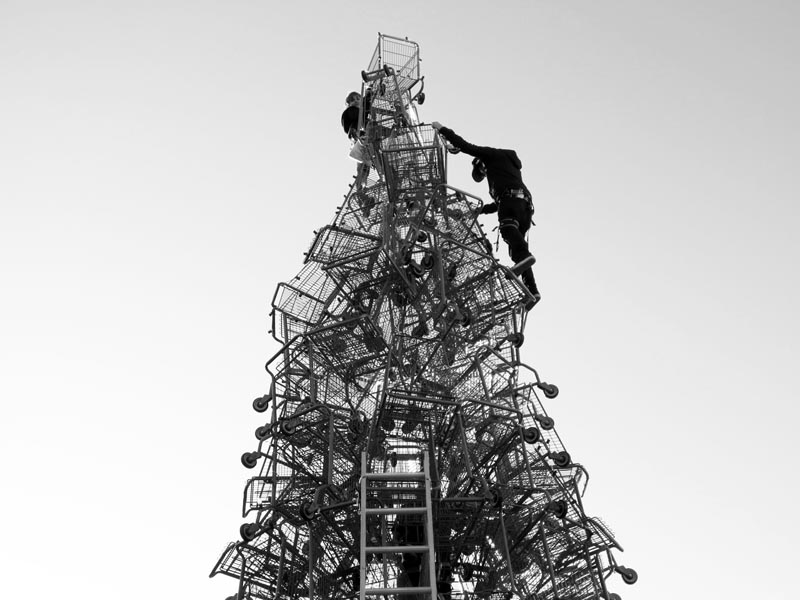 Shopping Cart Christmas Tree - photo by Max Clarke
