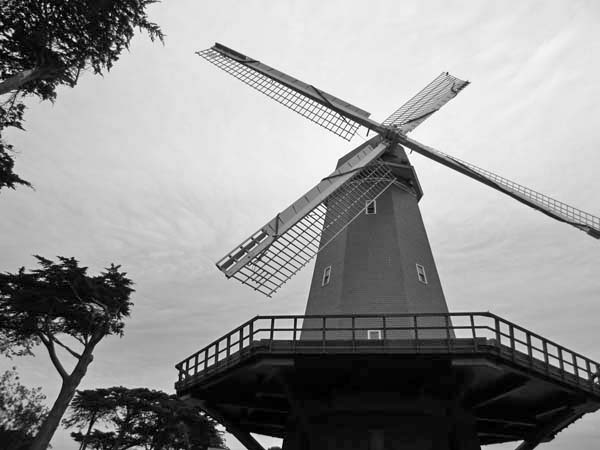 Windmill-©-photo by Max Clarke