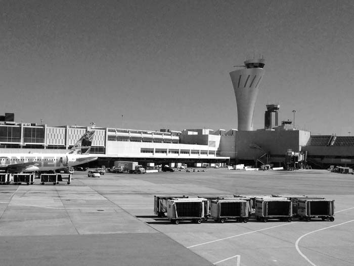 SFO Control Tower -©- photo by Max Clarke