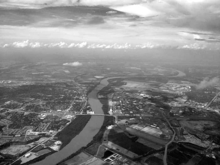 Missouri River on Flight to STL -©- Max Clarke