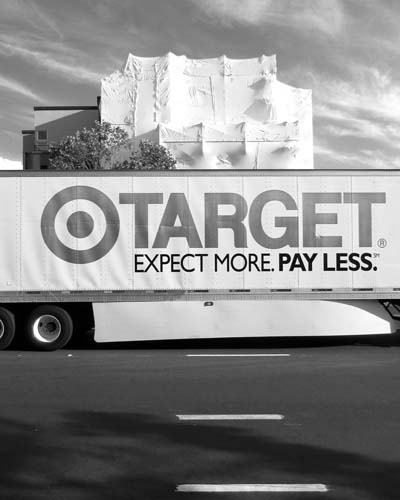 11.1 Target Truck vertical © photo by Max Clarke