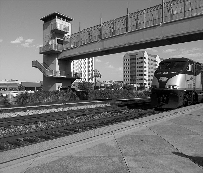 Emeryville Amtrak  - bw one - max clarke