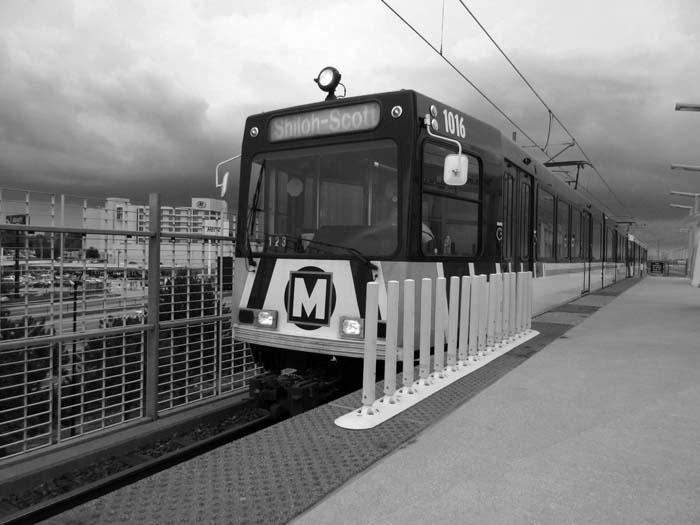 Metrolink at STL -©- Max Clarke