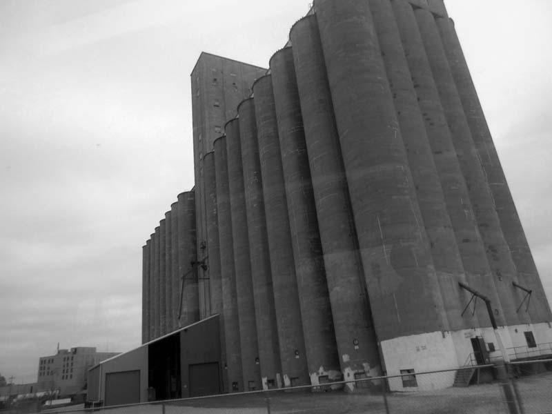 12.3 Grain Elevator, St Louis - Max Clarke