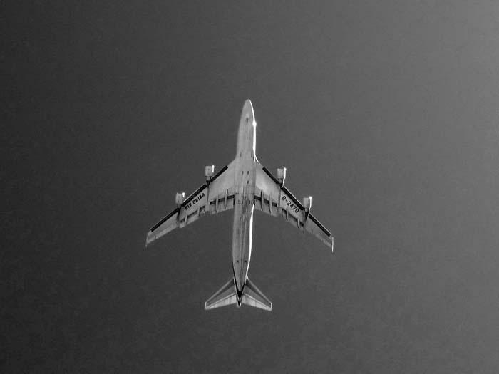 Air China 747 -©- Max Clarke