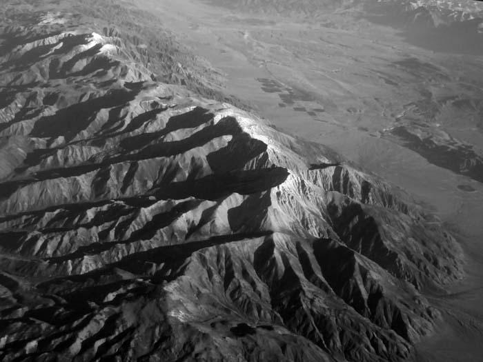Boundary Peak -©- Max Clarke