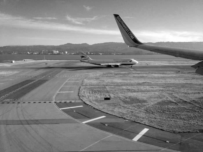 Landing At SFO -©- Max Clarke