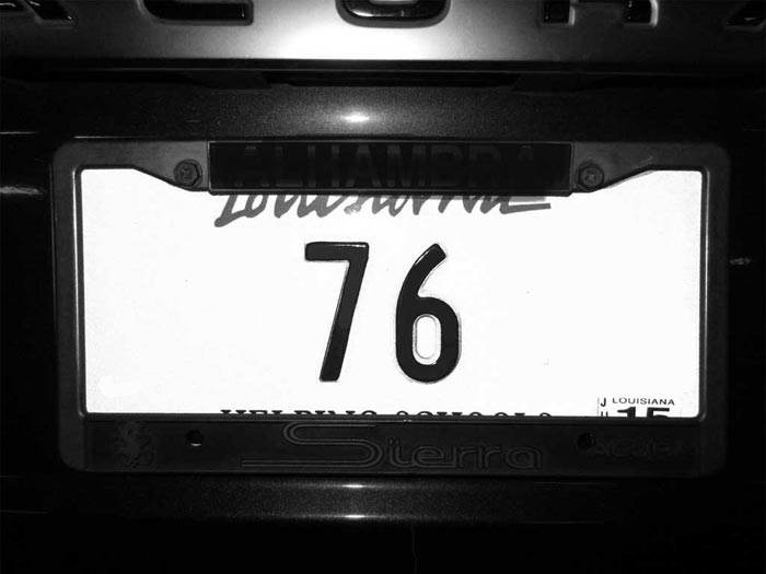 76-bw-one-plate-76
